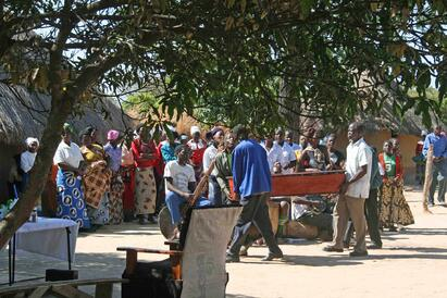 An_Orphanage_in_Zambia_and_Young_Dalisos_Story4