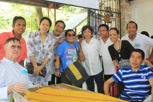 Missionaries_Serve_Deaf_Children_in_Philippenes2